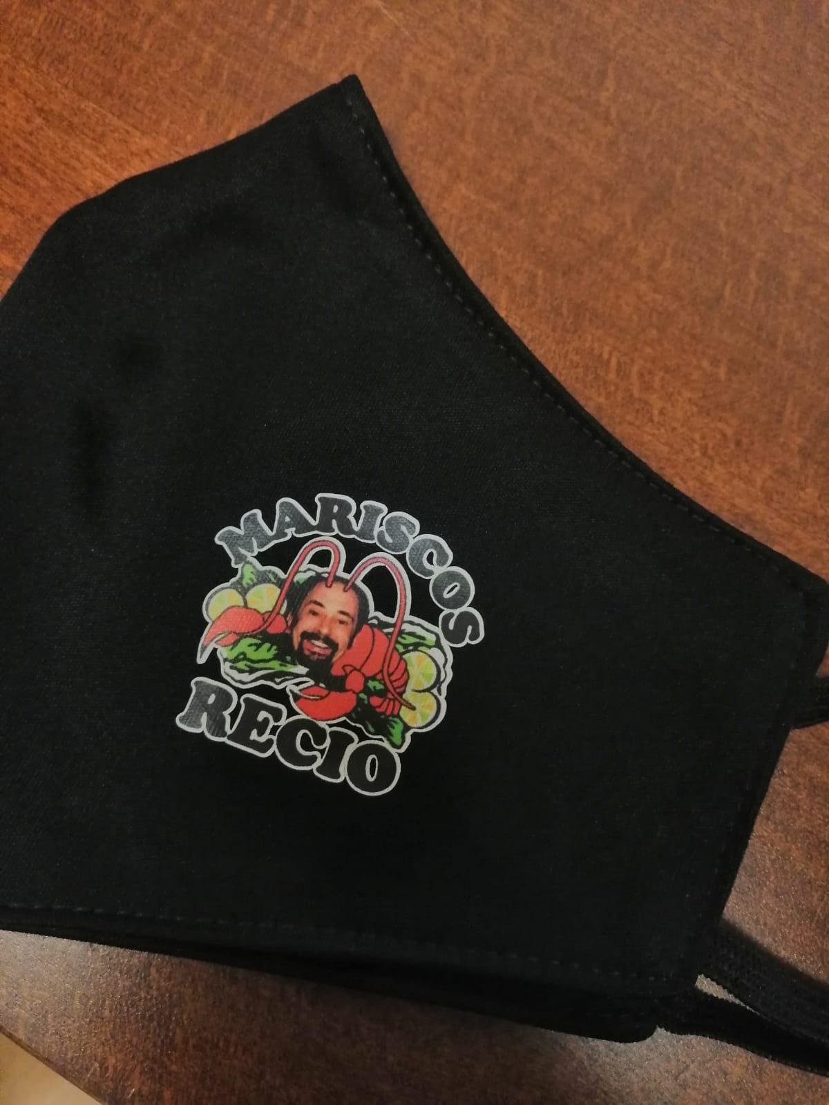¡Hacemos las mascarillas personalizadas para MARISCOS RECIO!